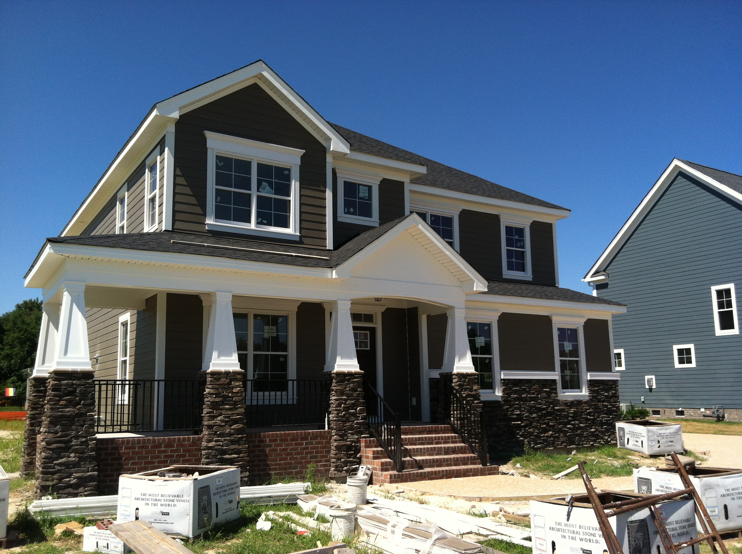 Tour 3 new models by sasser construction founders pointe for Craftsman style homes for sale in northern virginia