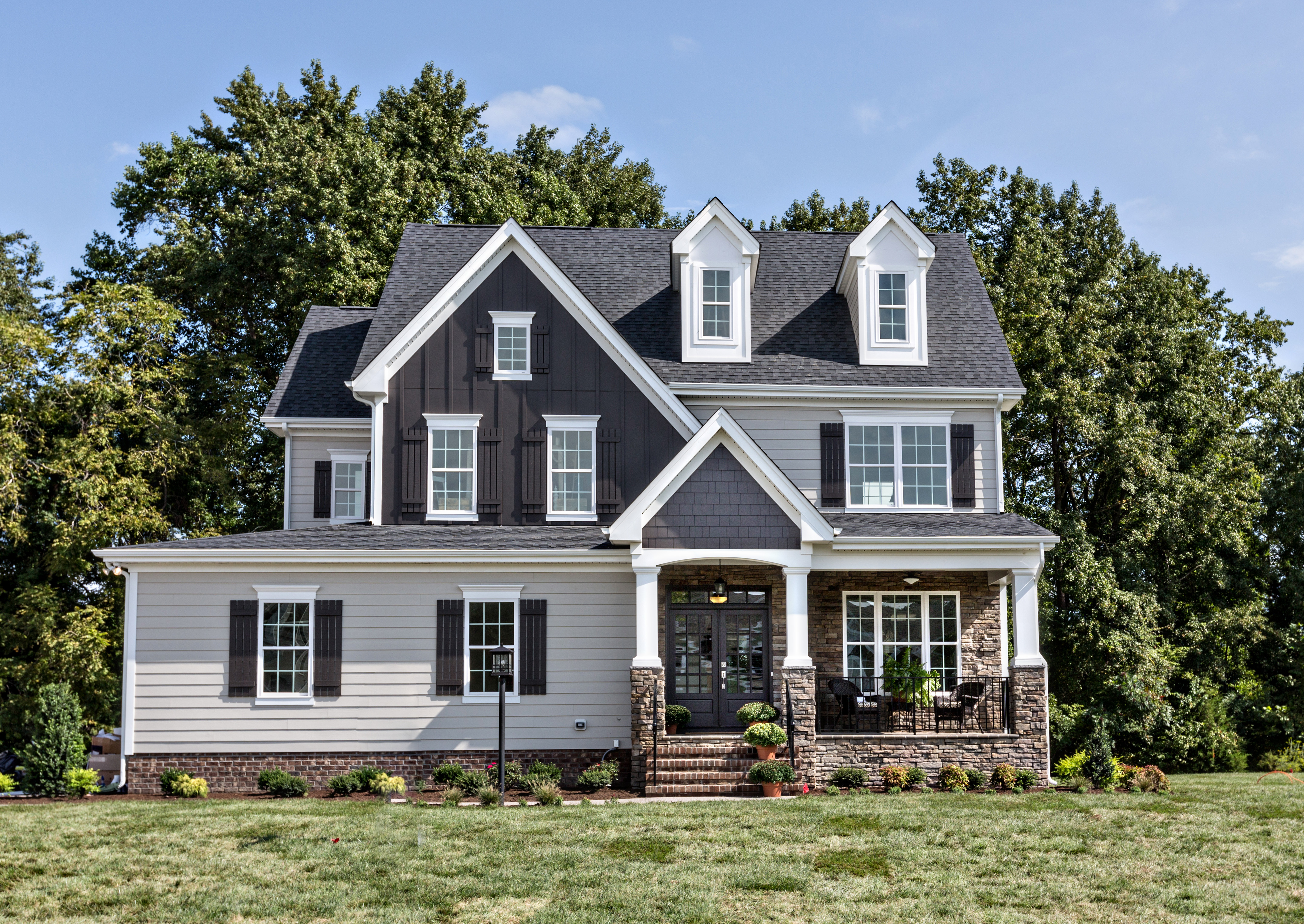 English cottage home offers gracious living for today 39 s homebuyer founders pointe - English cottage ...